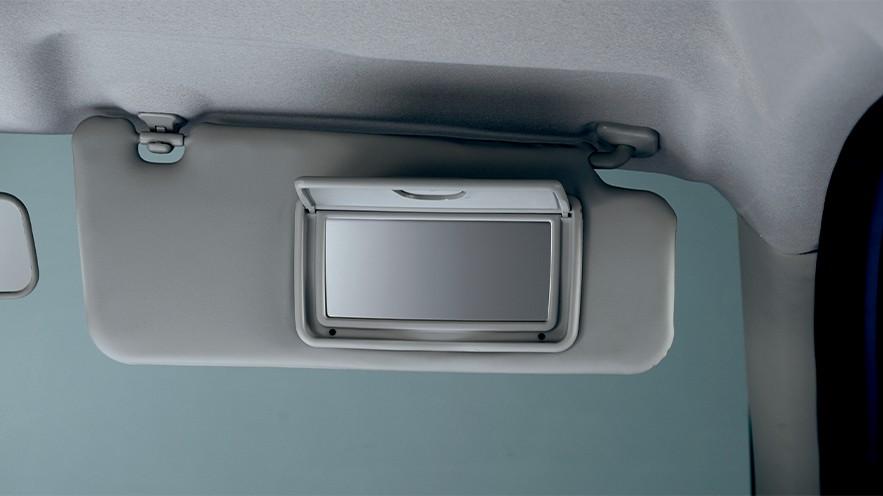 Suzuki CELERIO ช่องเก็บของและที่วางเครื่องดื่ม