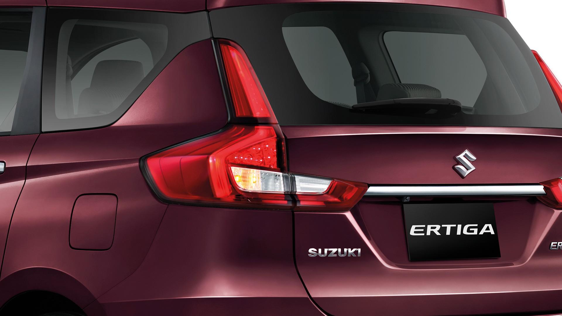 Suzuki ERTIGA ไฟท้าย LED แบบ Light Guides ดีไซน์สปอร์ต