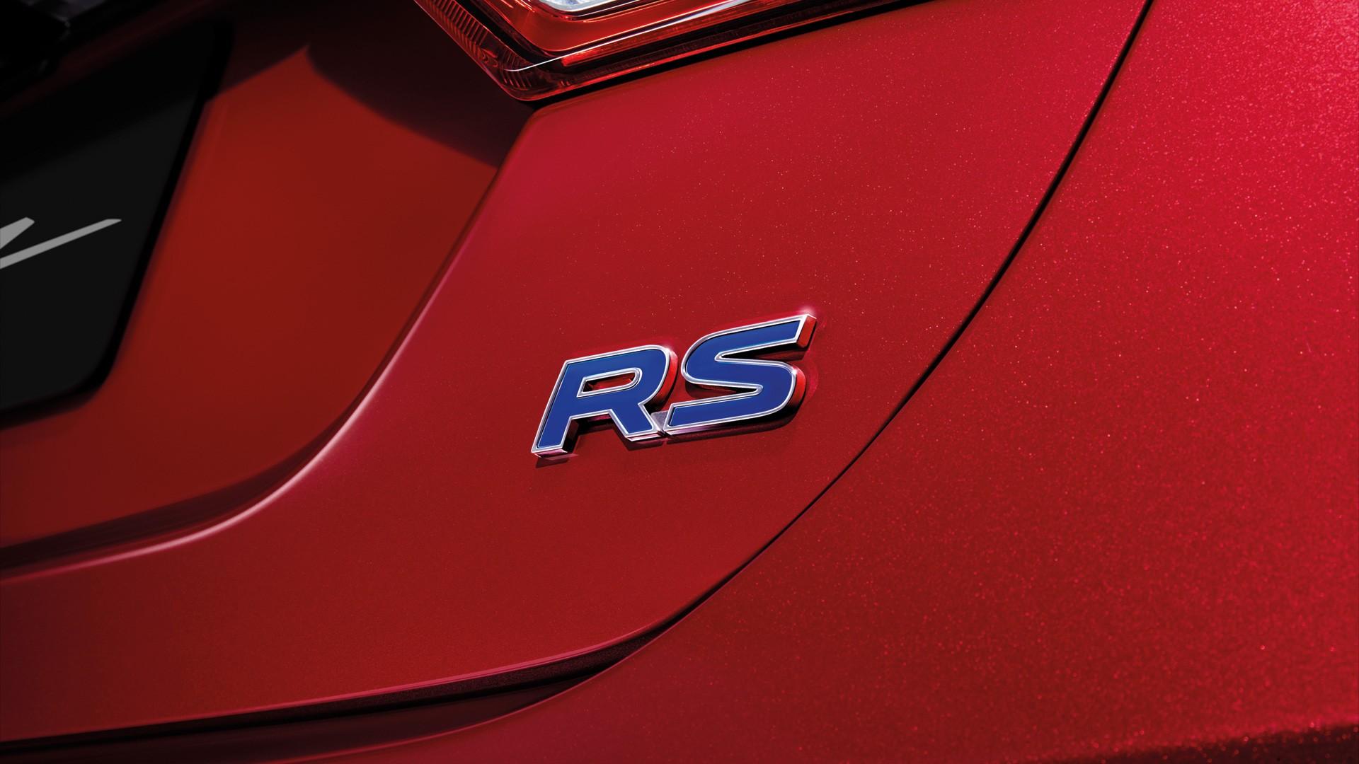 Suzuki Ciaz Emblem RS
