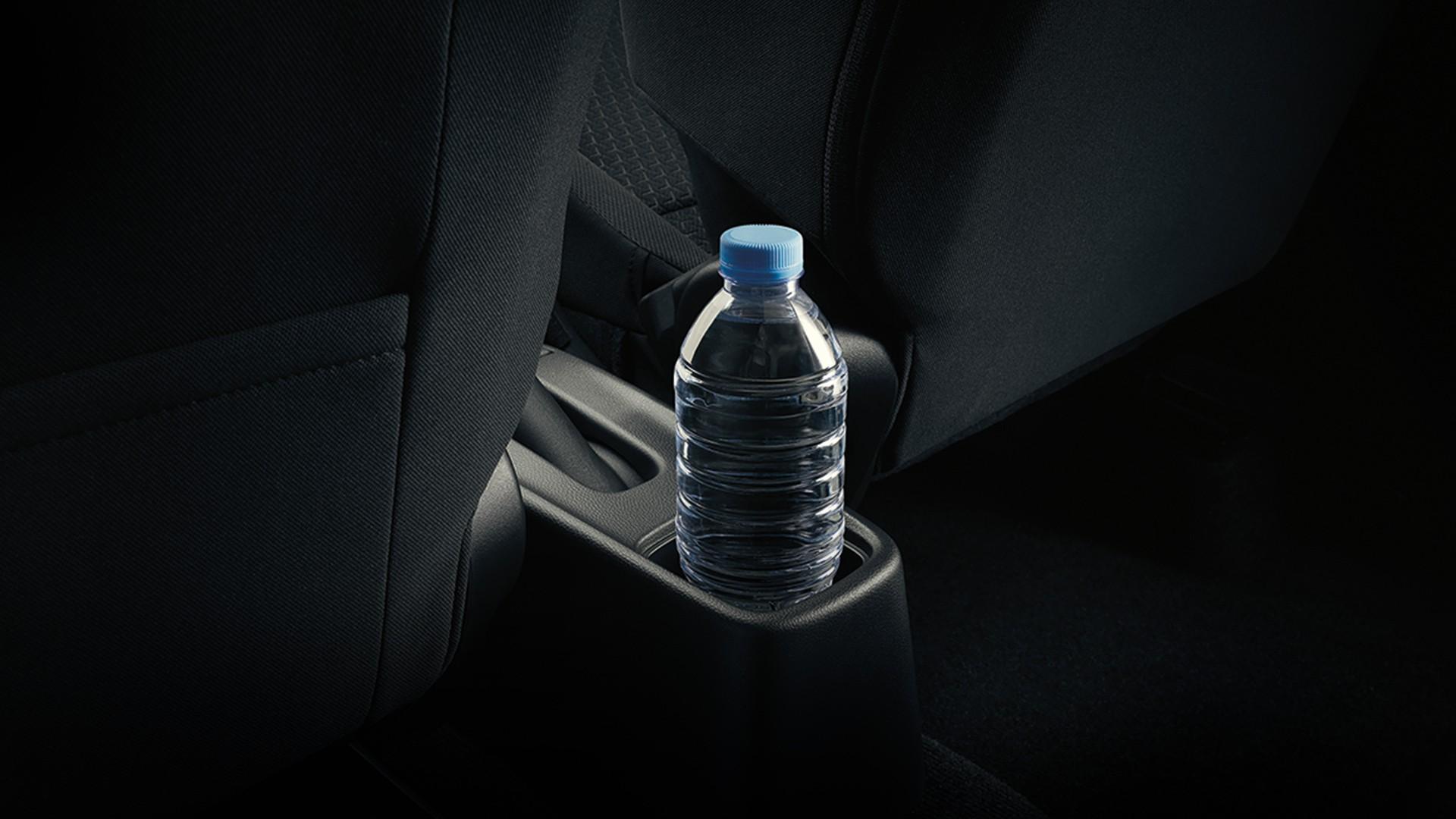 New Suzuki Swift Bottle Holders and Storage Spaces.